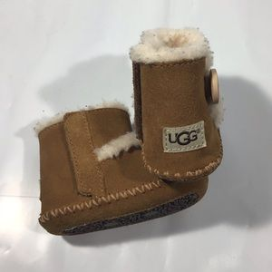 Ugg Khaki fluffy boots shoes